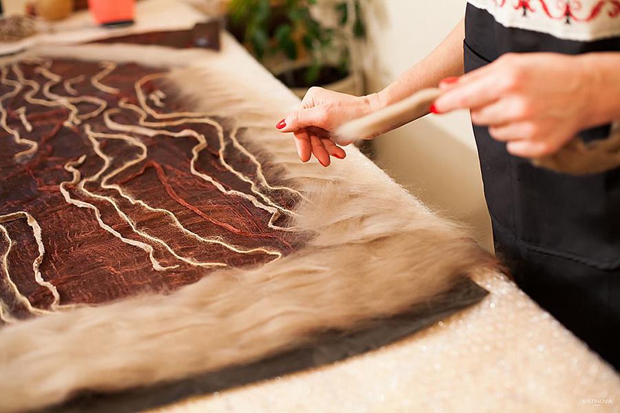 платье валяное с длинным рукавом мастер класс нуновойлок мокрое валяние felted dress felting clothing nuno organic wool
